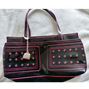 BCBG girl purse..!